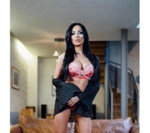 Ilena escorts in Laurel